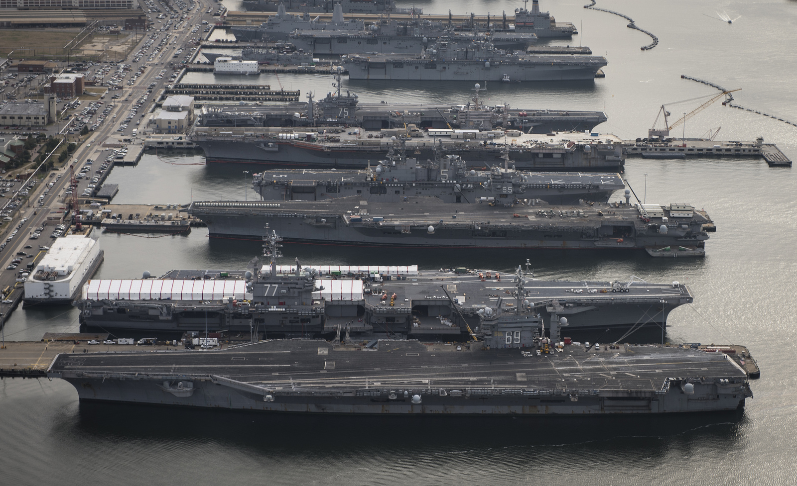 aircraft_carriers_large.jpg